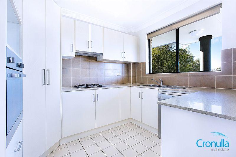 11/35 Searl Road, Cronulla NSW 2230, Image 2