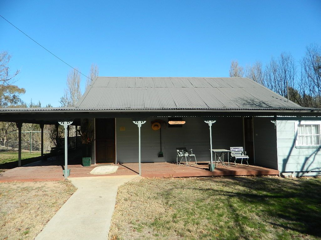 Cottage 1 392 Rivulet Rd, Bathurst NSW 2795, Image 0