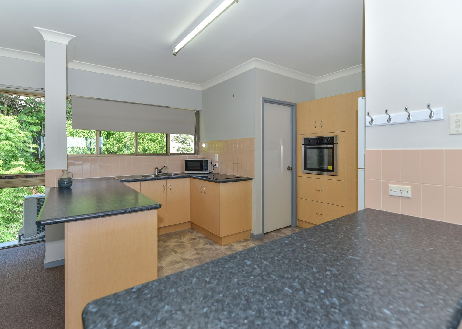 26/2 Eshelby Drive, Cannonvale QLD 4802, Image 2