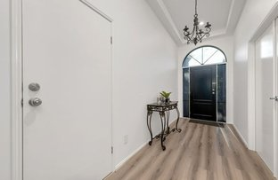 Picture of 13 Masters Circuit, Roxburgh Park VIC 3064