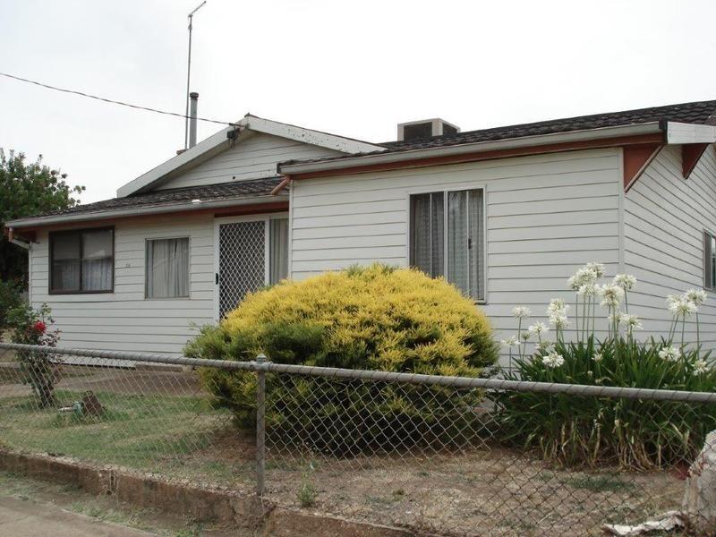 38 Butcher Street, St Arnaud VIC 3478, Image 1