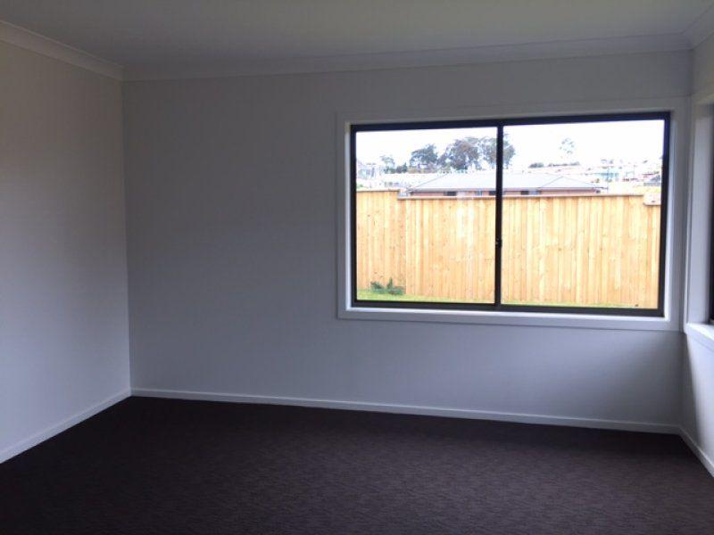 36 Elizabeth Mcrae Avenue, Minto NSW 2566, Image 2