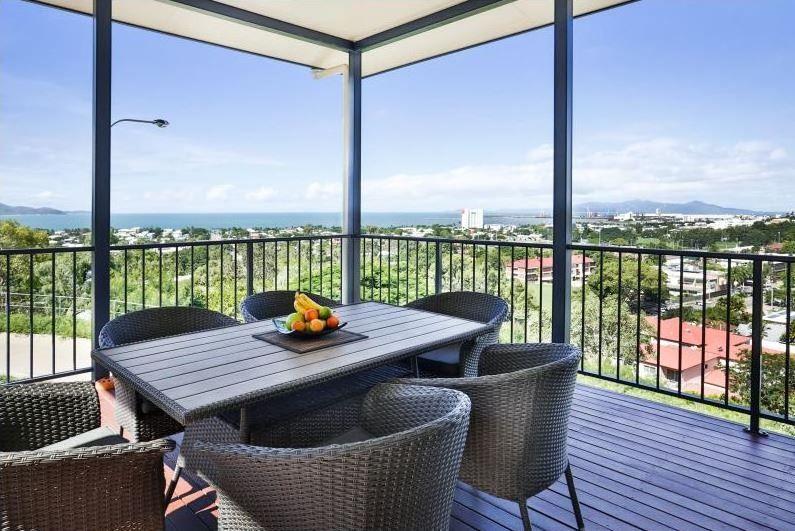 15 Toorak Place, Castle Hill QLD 4810, Image 0