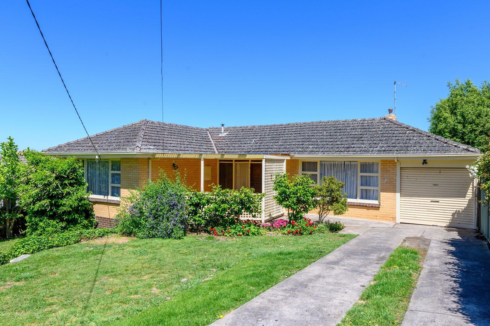 11 Hillside Drive, Ballarat North VIC 3350, Image 0