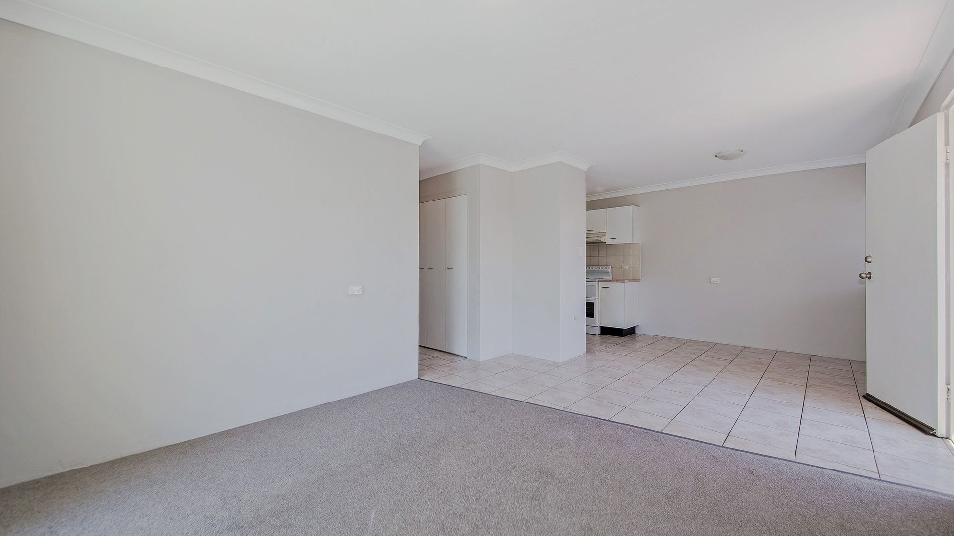 8/58 Douglas Street, Greenslopes QLD 4120, Image 2