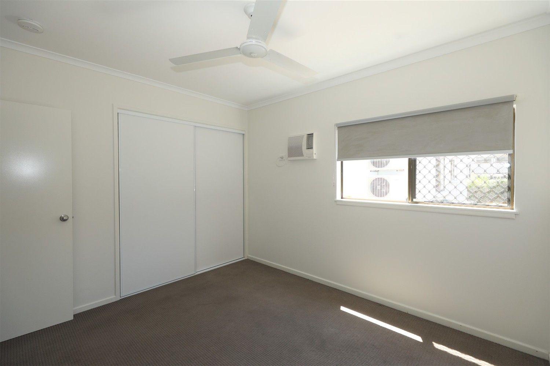 4/23 Mintaro Crescent, Woree QLD 4868, Image 2