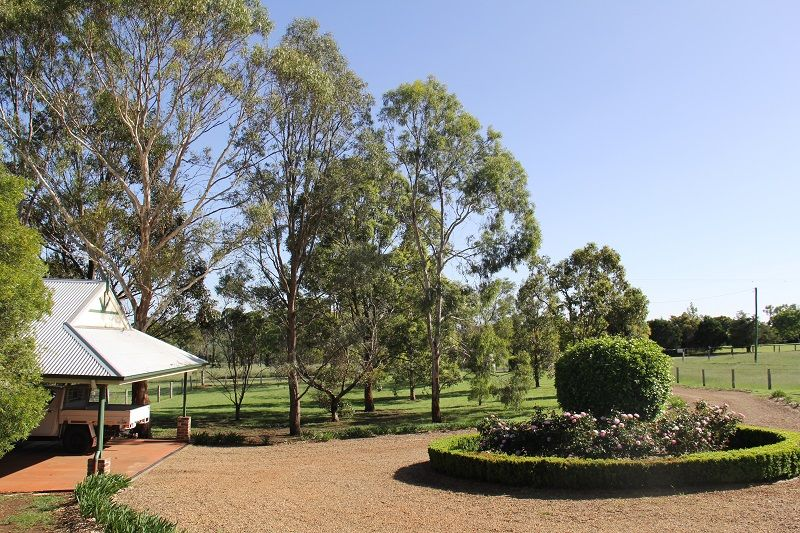 83 Reushle Road, Cabarlah QLD 4352, Image 2