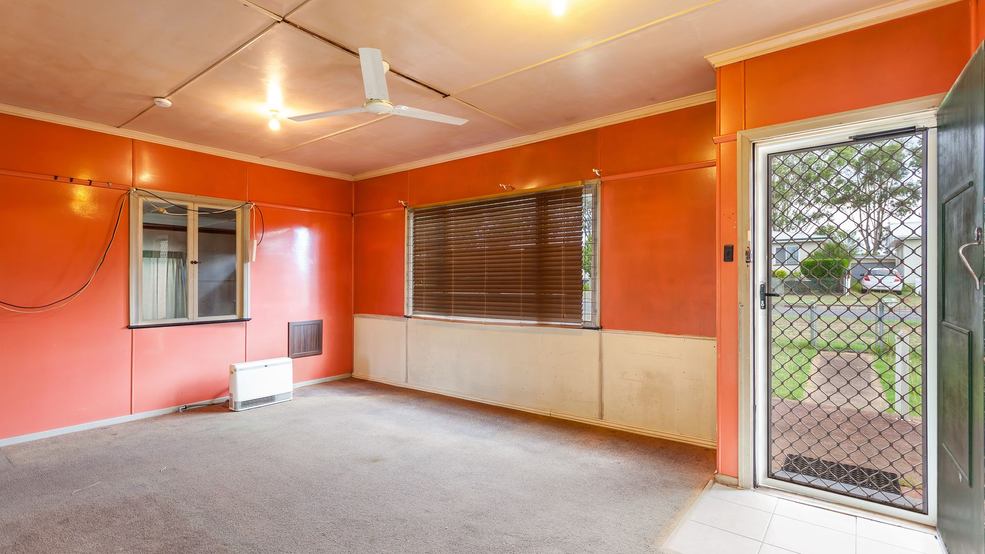 27 Weetwood Street, Newtown QLD 4350, Image 2