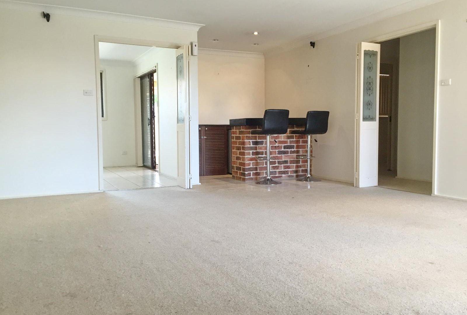 4 Trebbiano Place, Eschol Park NSW 2558, Image 1