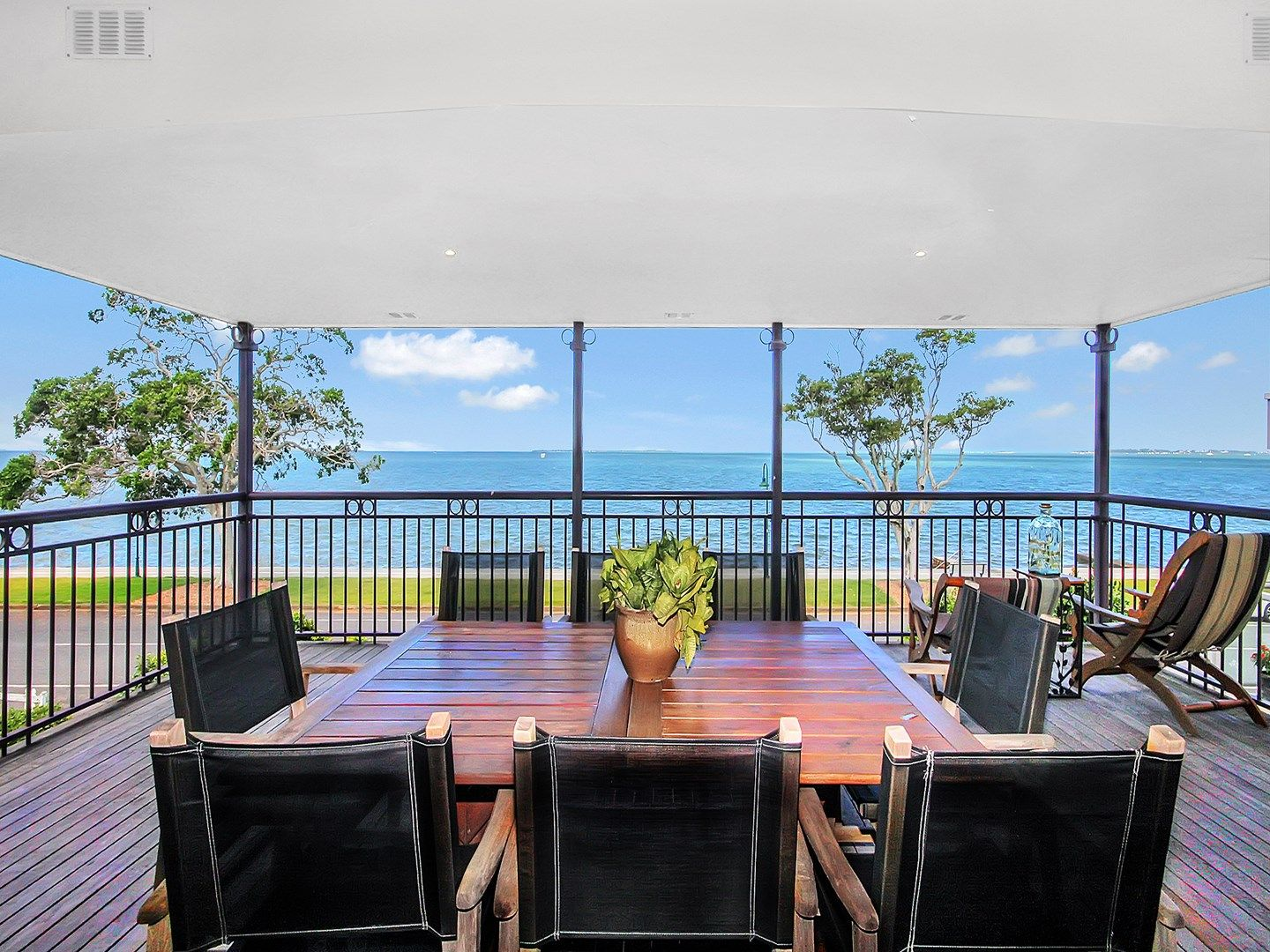 45 Waterloo Esplanade, Wynnum QLD 4178, Image 1
