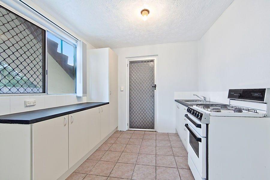 1/88 Albany Rd, Pimlico QLD 4812, Image 2