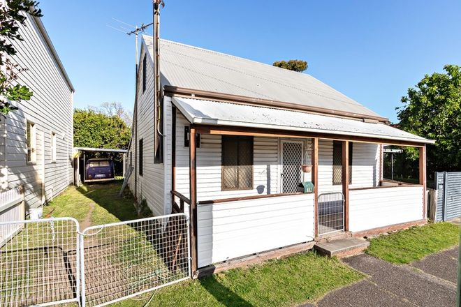 Picture of 15 Farquhar Street, THE JUNCTION NSW 2291