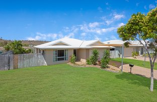 Picture of 15 Mariala Court, Bushland Beach QLD 4818