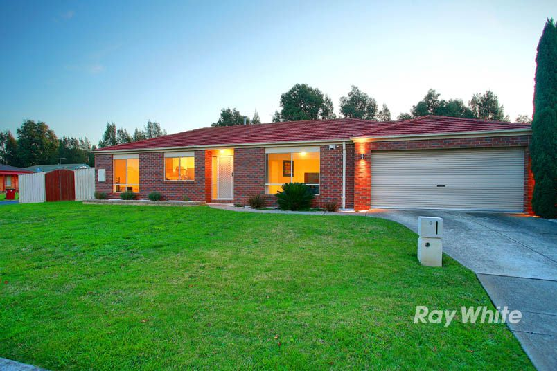9 Charlotte Place, Cranbourne West VIC 3977, Image 0