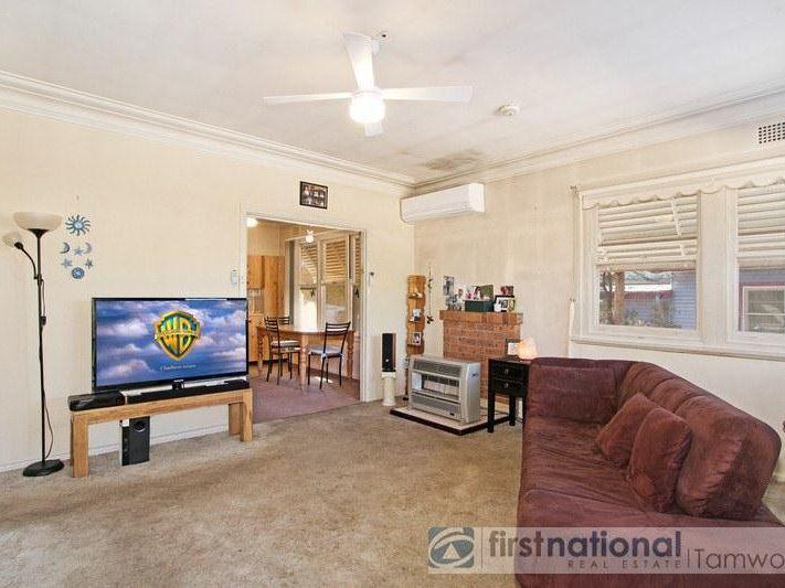 12 Central Avenue, Tamworth NSW 2340, Image 1