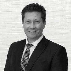 Warren Hulstaert, Director