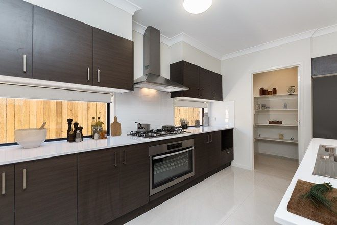 Picture of 6 Delta St, EATONS HILL QLD 4037