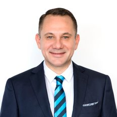 Garry Jones, Real Estate Agent