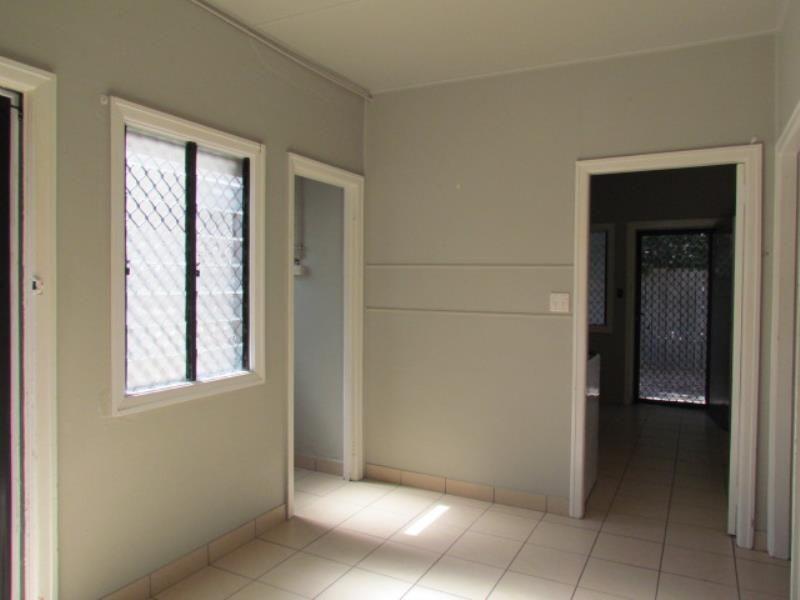 2/32 Marsh Street, East Mackay QLD 4740, Image 1