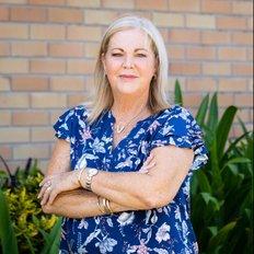 Vicki Hodges, Sales Consultant