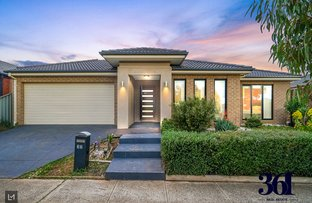 Picture of 33 Lancewood Rd, Manor Lakes VIC 3024