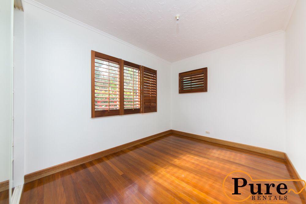 2 Redbourne Street, Chermside West QLD 4032, Image 2