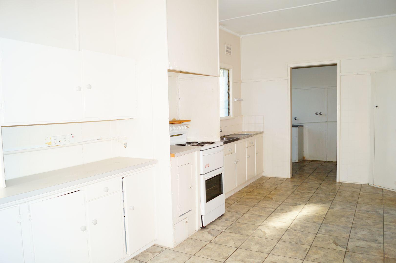373 Warialda Street, Moree NSW 2400, Image 2