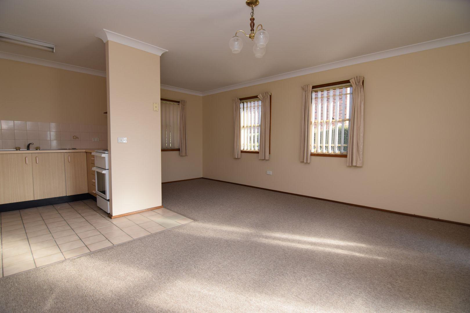 1/96 Stewart Street, Bathurst NSW 2795, Image 1