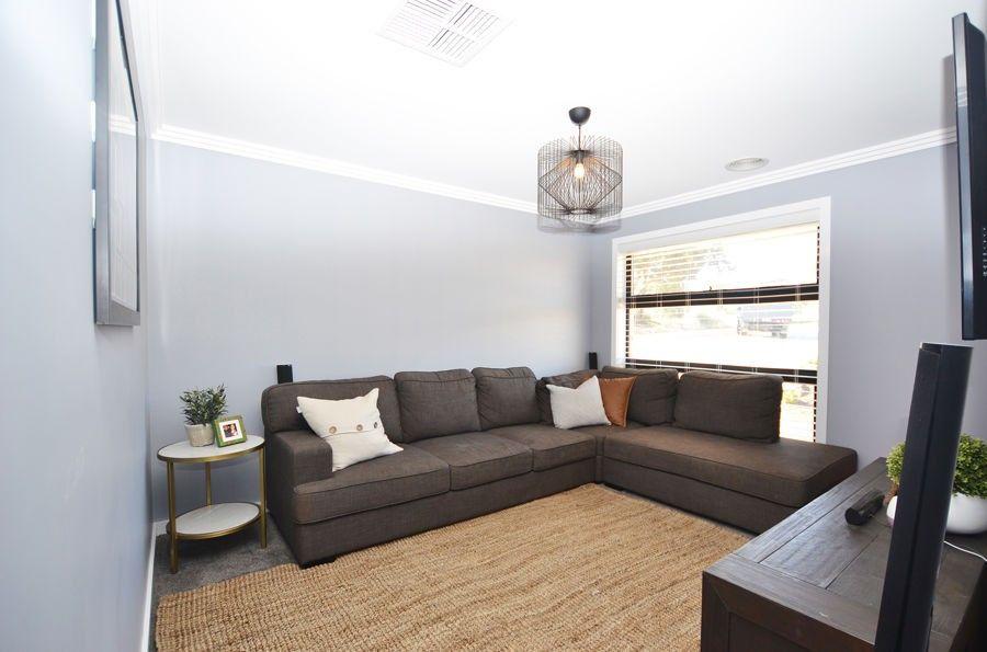 17 Flack Crescent, Boorooma NSW 2650, Image 1