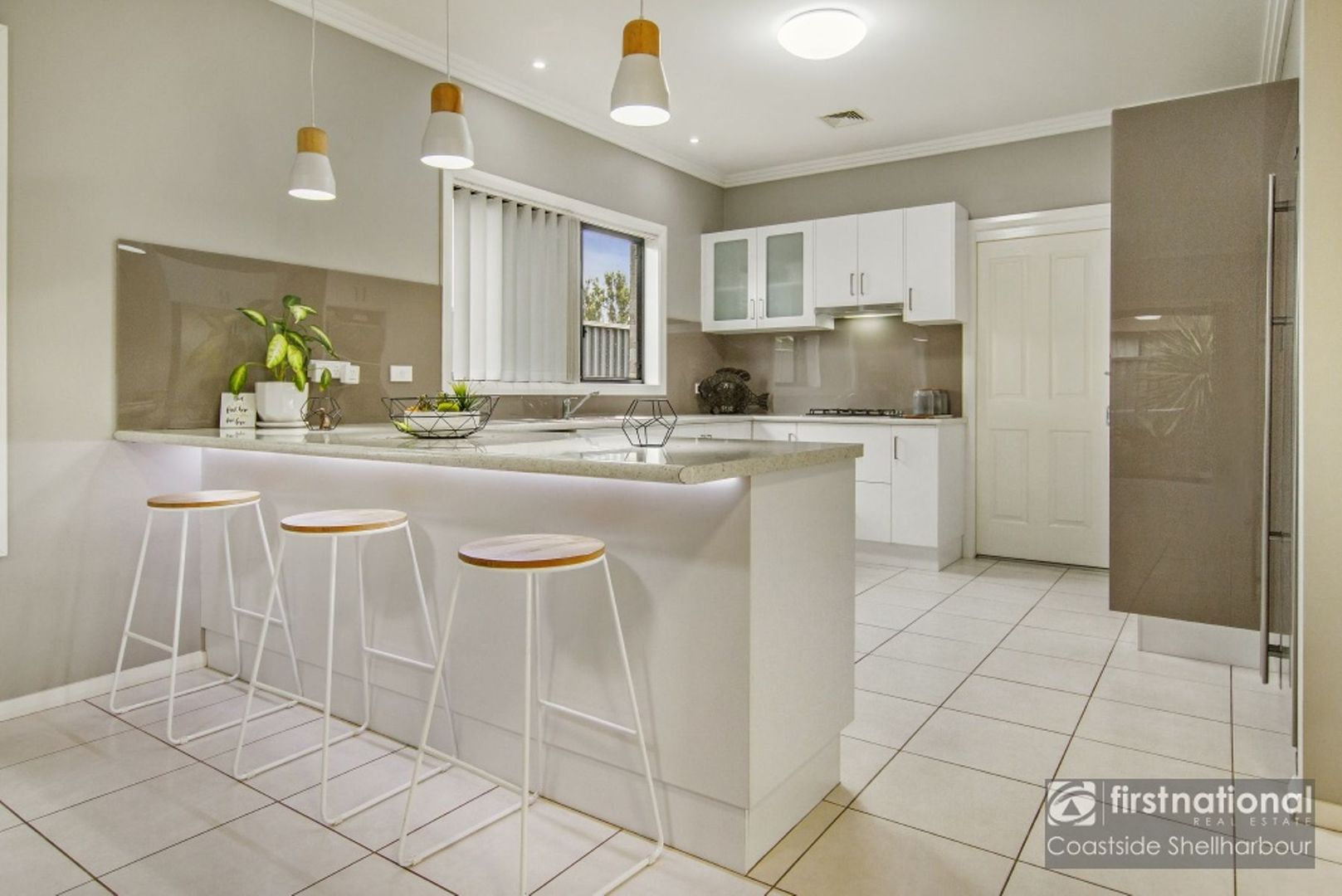 2 Waterview Avenue, Haywards Bay NSW 2530, Image 2