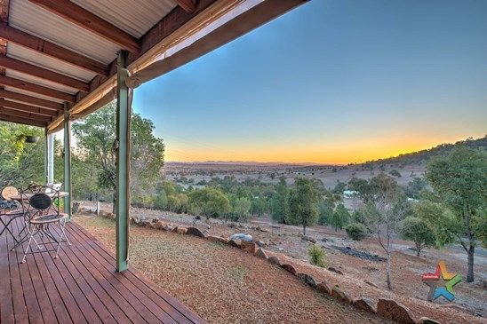 Picture of 124 Stirling Road, TAMWORTH NSW 2340