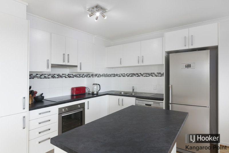 13/89 Thorn Street, Kangaroo Point QLD 4169, Image 2