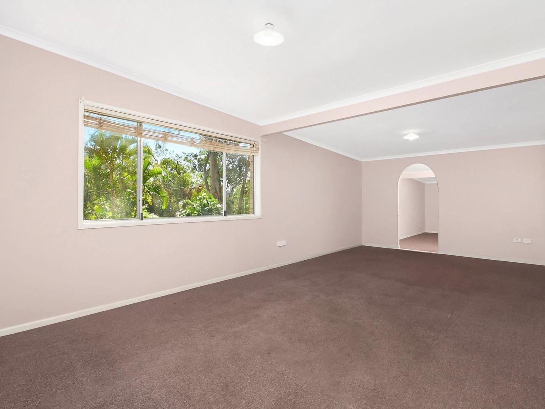 2 Beryl Court, Bellbird Park QLD 4300, Image 2