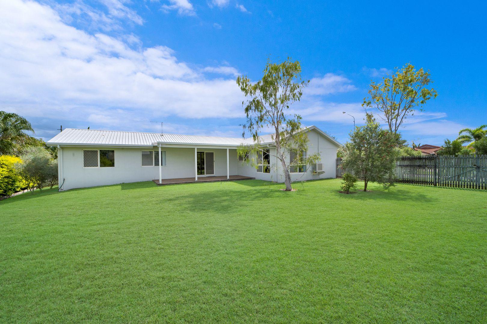 63-65 Martinez Avenue, West End QLD 4810, Image 0