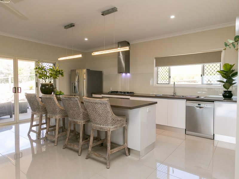 10 Outlook Dr, Craignish QLD 4655, Image 2