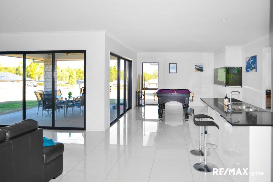11 ARLINGTON WAY, Kensington Grove QLD 4341, Image 0