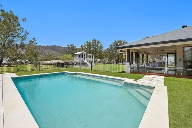 Picture of 2 Ryder Road, HIGHVALE QLD 4520