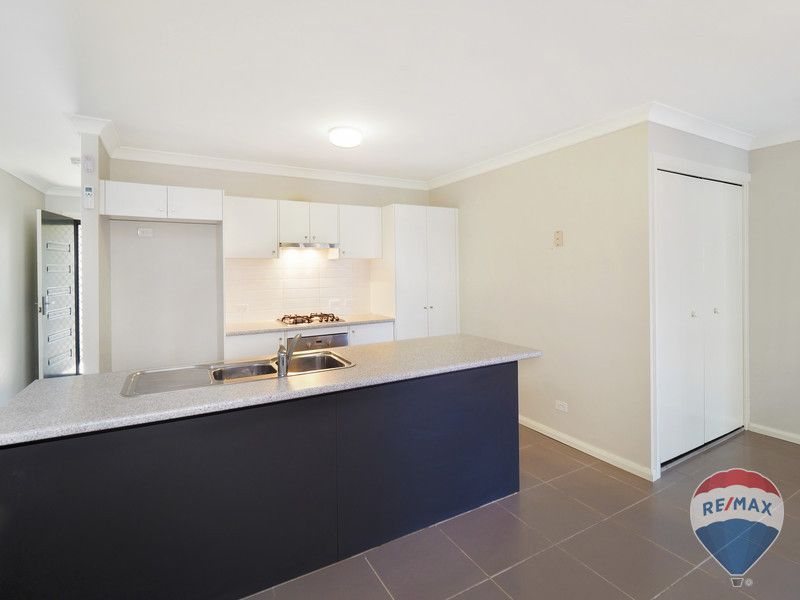24 Finsbury Circuit, Ropes Crossing NSW 2760, Image 2