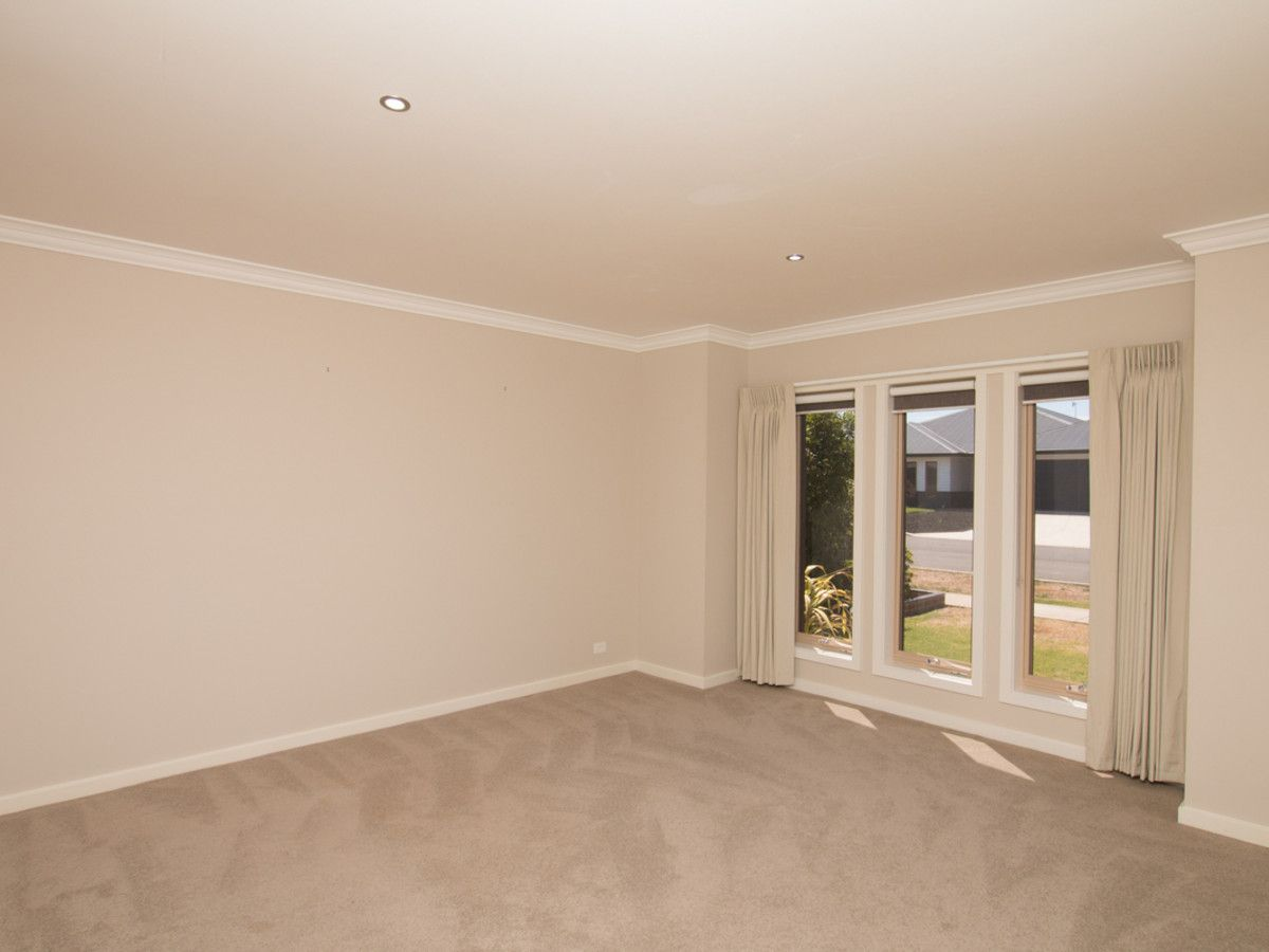 12 Martin Place, Warrnambool VIC 3280, Image 2