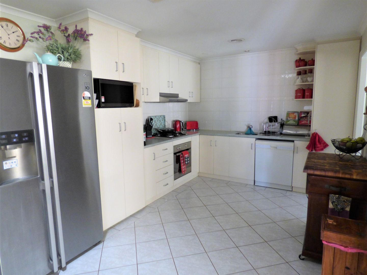 17A Albion Grove Crescent, Griffith NSW 2680, Image 1