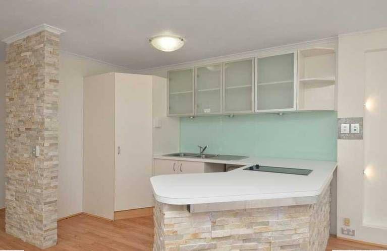 8 Darrambal Street, Chevron Island QLD 4217, Image 1