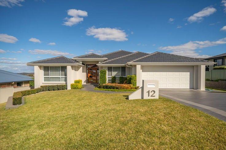 12 McCarthy Crescent, Armidale NSW 2350, Image 1