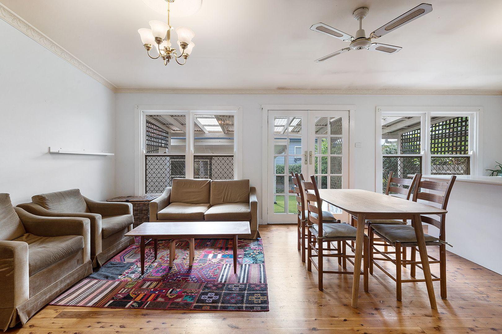 27 Carrington Street, Mayfield NSW 2304, Image 2