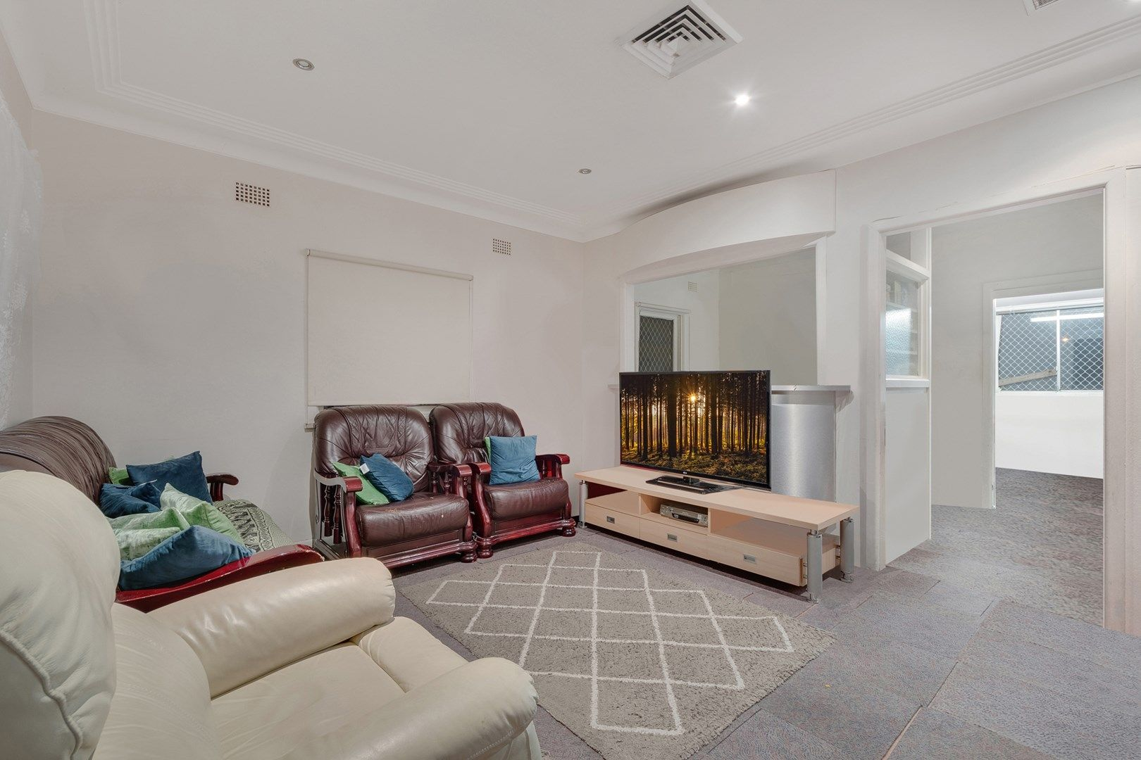 604 Cabramatta Road West, Mount Pritchard NSW 2170, Image 2