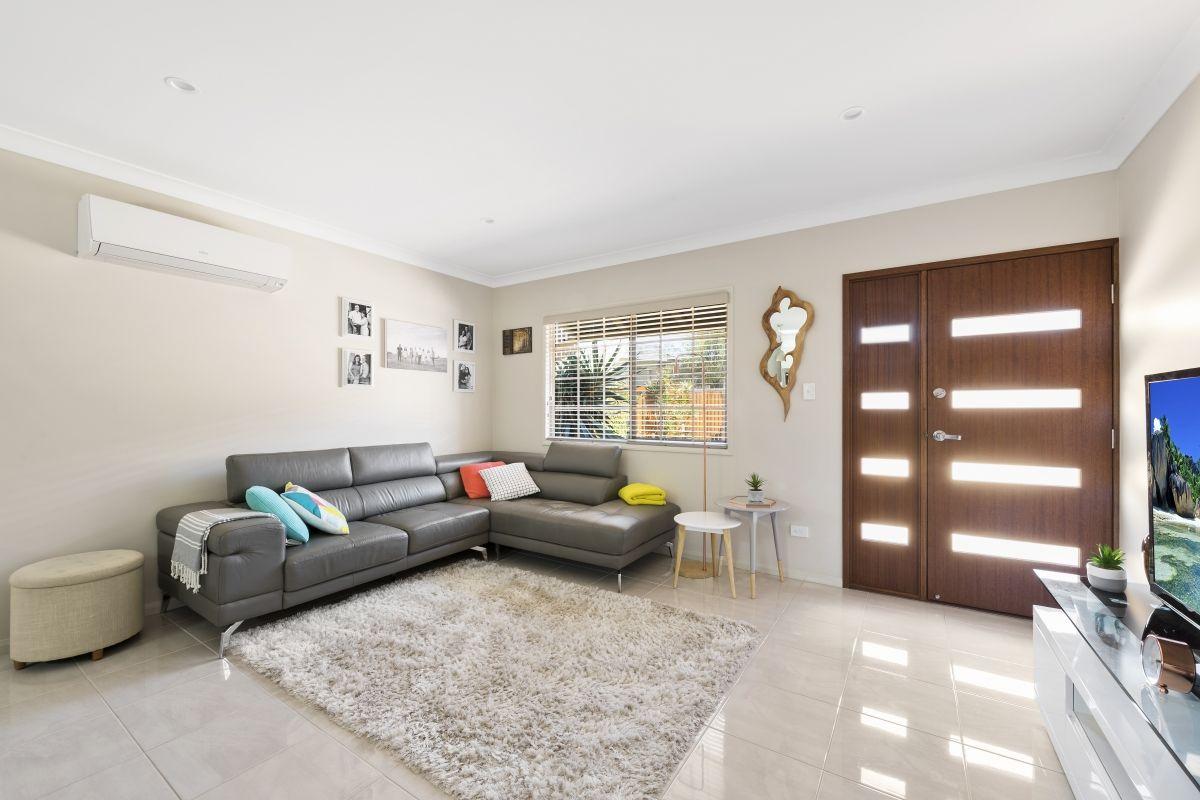 2/191a Alderley Street, Centenary Heights QLD 4350, Image 1