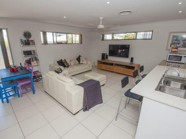 35 Stradbroke St, Redland Bay QLD 4165, Image 1