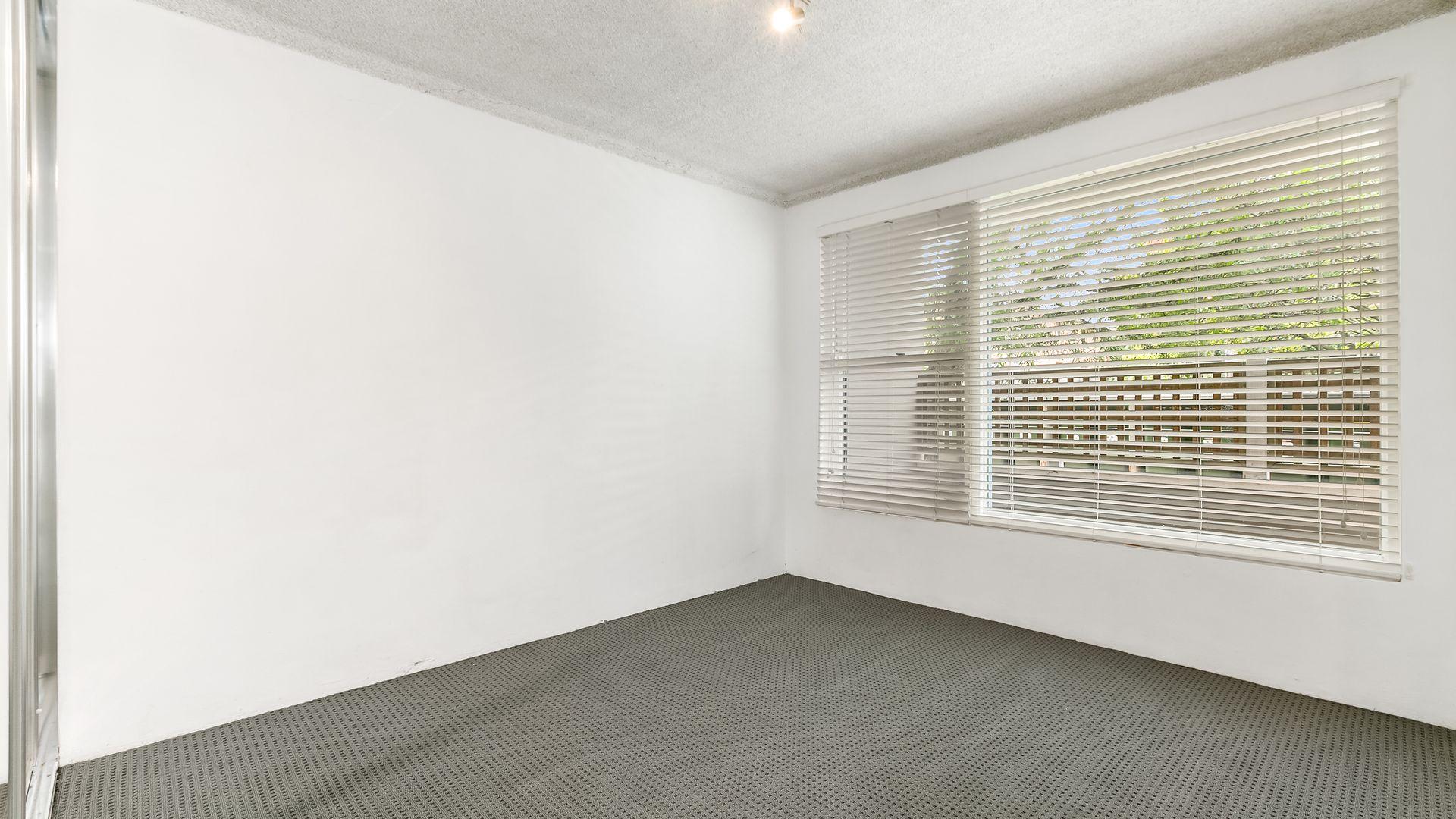 2/43 Livingstone Road, Petersham NSW 2049, Image 2