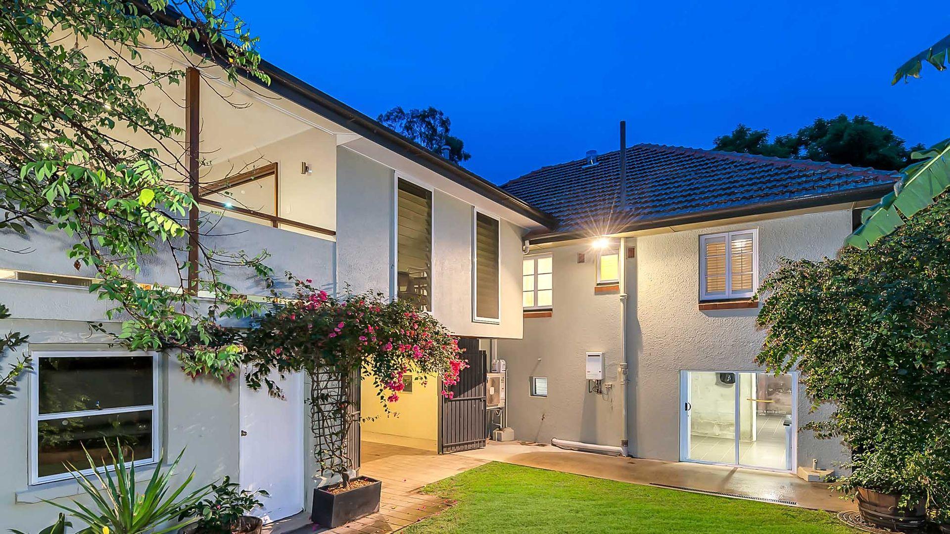 44 Runic Street, Bardon QLD 4065, Image 1