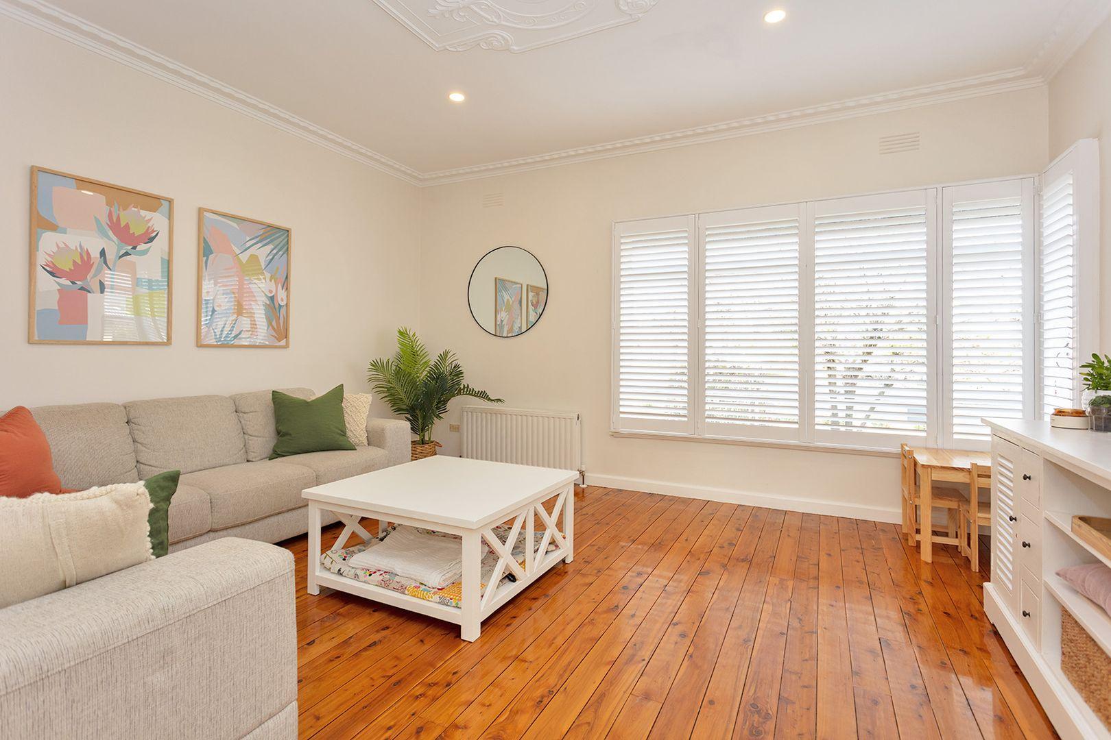 234 Walsh Street, East Albury NSW 2640, Image 2