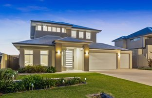 Picture of 27 Waterhouse Meander, Burns Beach WA 6028